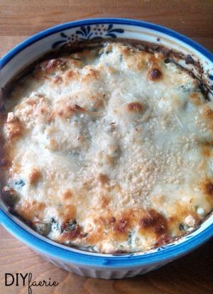 Creamy Spinach Artichoke Dip   DIYfaerie